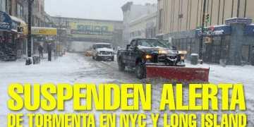 El Departamento de Sanidad pide a los neoyorquinos no usar autos para que sus camiones puedan limpiar . Foto: Edwin Martinez / El Diario
