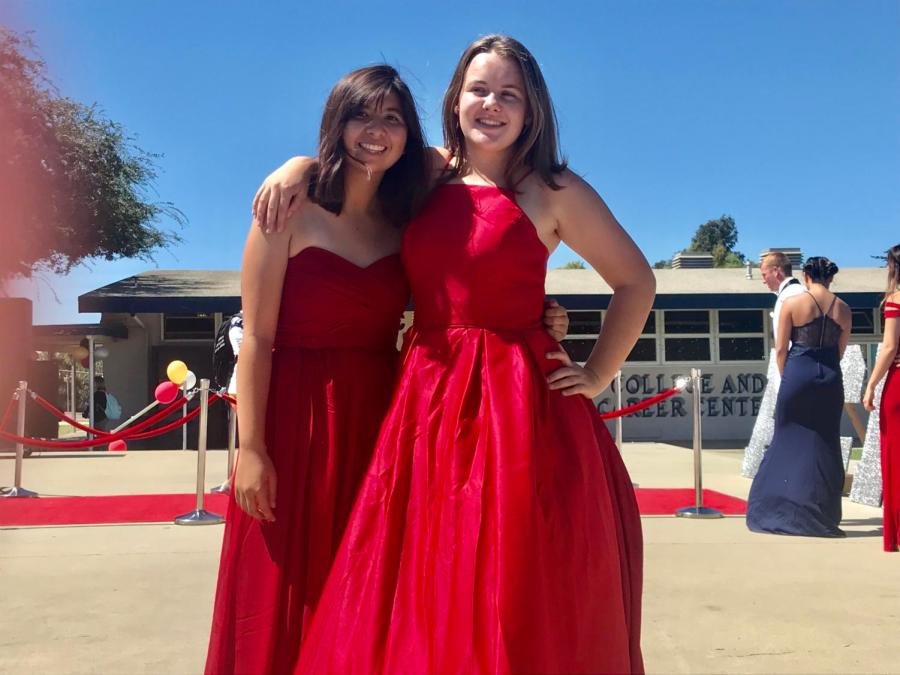 Assistant+Drum+Majors+Katelyn+Raney+and+Kaylie+Pritchard+pose+for+a+picture+after+the+Homecoming+Fashion+Show.
