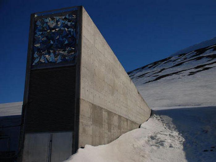 Svalbard Global Seed Vault (23 pics)