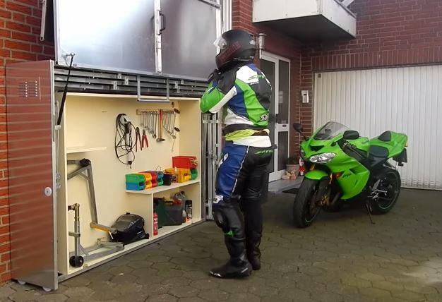 Garage Moto Gadget Un Ingnieux Systme Pour Ranger