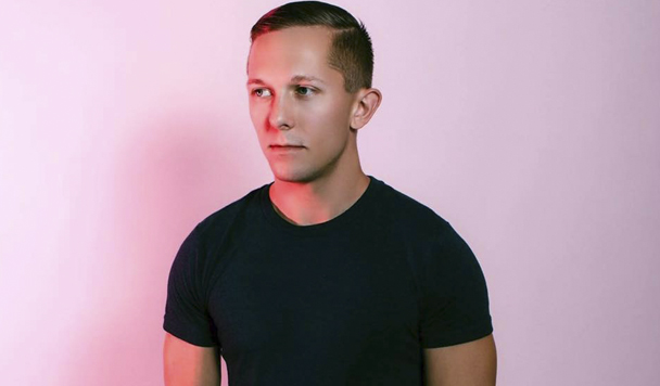 New Single by Alex Harrington – 'With Me'