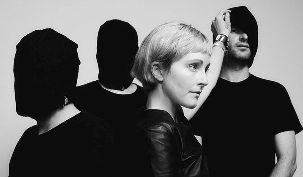 Poliça – Lipstick Stains / Still Counts