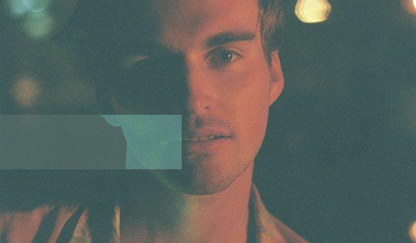 Laurel Laxxes – Polar Eyes (ft. Angie Husdon)