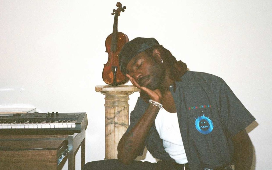 Blood Orange – Dark & Handsome (feat. Toro y Moi)