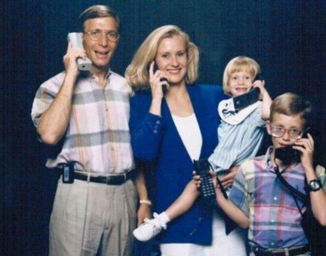 The-21-Most-Awkward-Family-Photos07