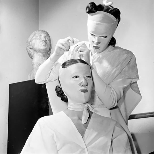 vintage-beauty-salon-equipment-10