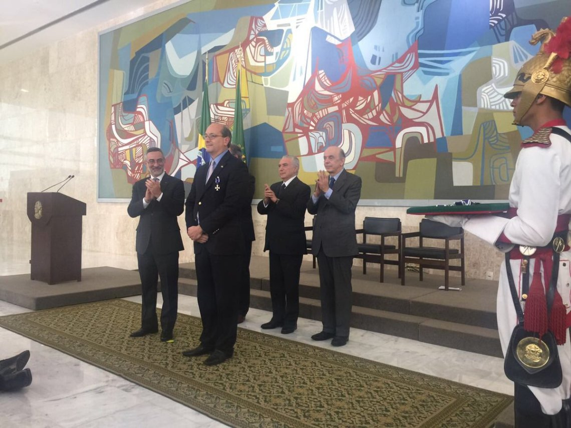 El Gobierno de Brasil condecoró al director de la ACI Medellím
