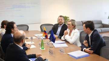 La Embajadora de la Unión Europea estrecha relaciones con Medellín y Antioquia