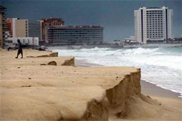 Cancun Ida Km 9 091111 04