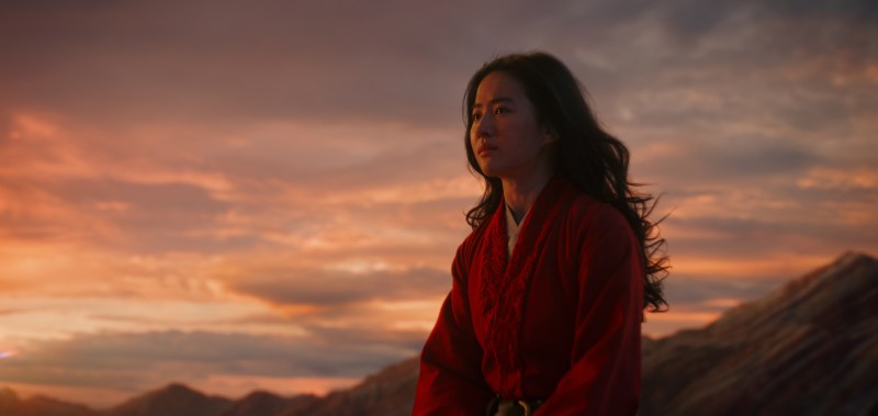 Liu Yifei plays Hua Mulan in 'Mulan' - DOP Mandy Walker ACS ASC