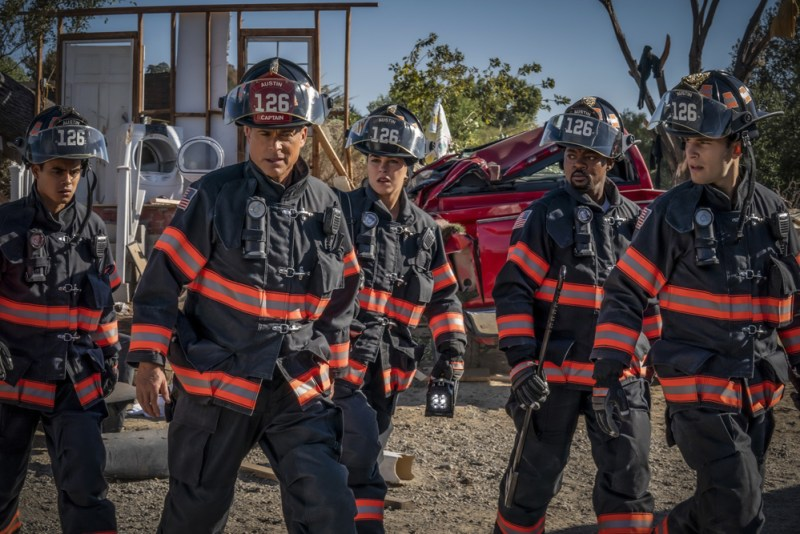Julian Works, Rob Lowe, Natacha Karam, Brian Smith and Ronen Rubinstein in '9-1-1 Lone Star' - DOP Andrew Strahorn, PHOTO Jack Zeman