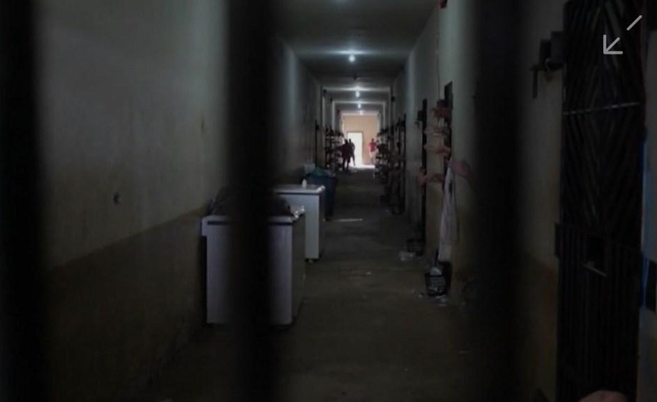 Iapen libera visitas de familiares de presos, mas proíbe as intimas
