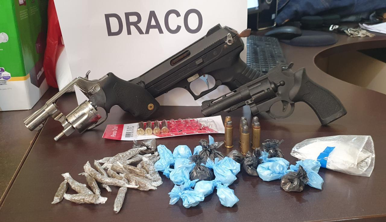Foragido do Mato Grosso e Rio de Janeiro é preso com arma e droga no Bujari