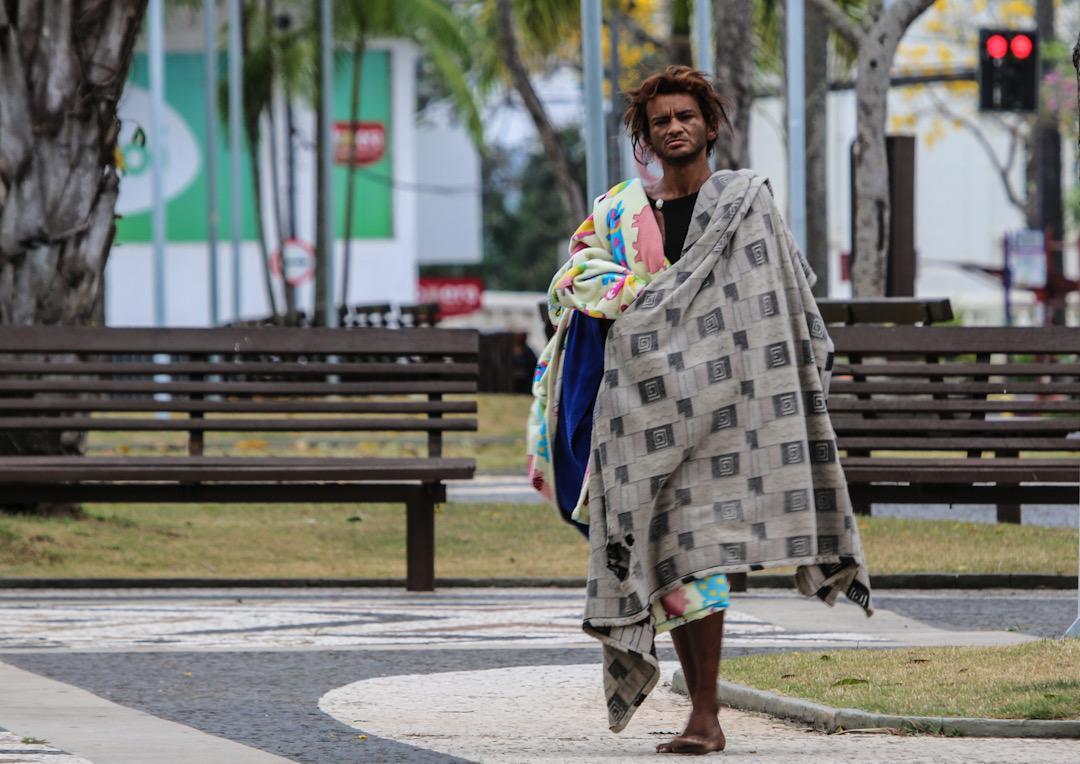 Davi Friale prevê nova friagem e sugere doação de casacos