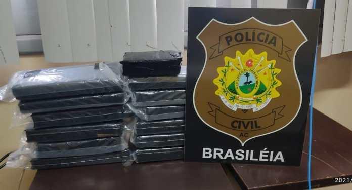 Polícia Civil em Brasiléia apreende quase 9 kg de maconha em carro de investigado