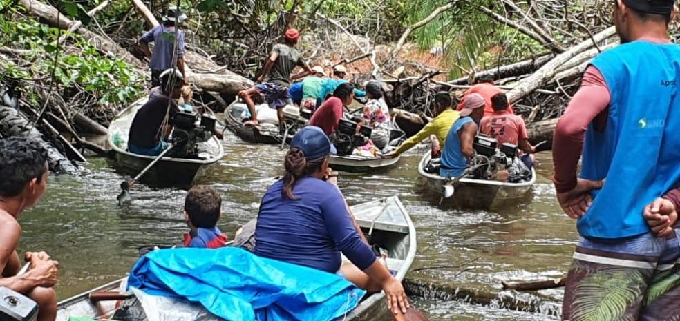 Por medo de perder terras devido invasões, indígenas do povo Nawa fazem autodemarcação no AC