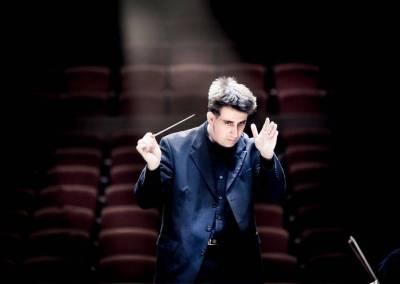 Nicholas Milton, conductor