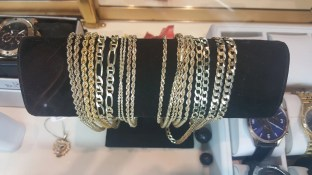 gold jewelry for sale, gold jewelry loans cash for jewelry acme pawn