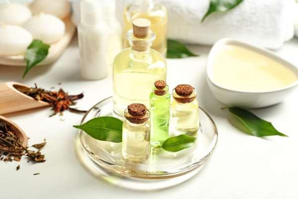 how to use tea tree oil for acne spot treatment