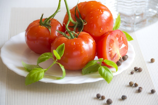 tomatos for acne papule