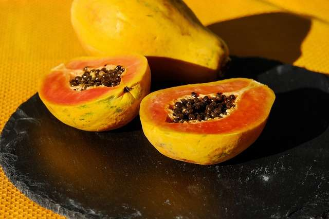 pimples on cheeks remedy with papaya