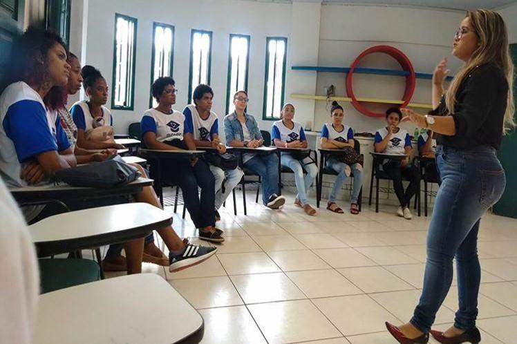Salvador: AVSI Brasil implementa formação de jovens com cursos focados para empresas interessadas na contratação de aprendizes