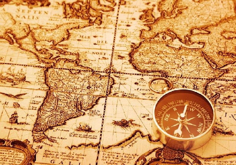 Mapa y brújula