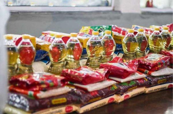 Jandira irá distribuir cestas básicas aos mais de 11 mil alunos da rede municipal de ensino