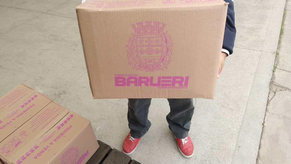 Servidores de Barueri sugerem ação solidária e doam 519 cestas básicas