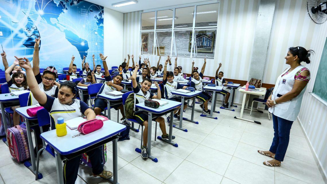 Pensando no futuro, Santana de Parnaíba investe na educação da cidade