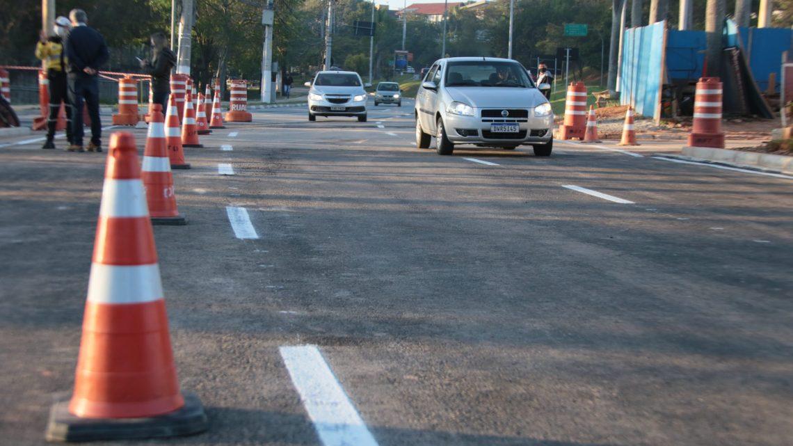 Em menos de seis meses prefeitura libera pistas da Yojiro Takaoka nos dois sentidos para tráfego de veículos