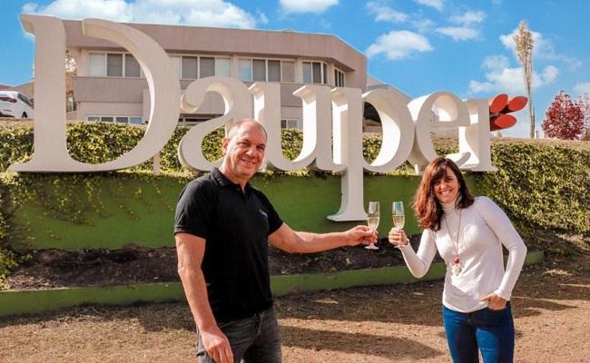 Dauper completa 32 anos em 2021 e fundadores reassumem 100% das ações da empresa