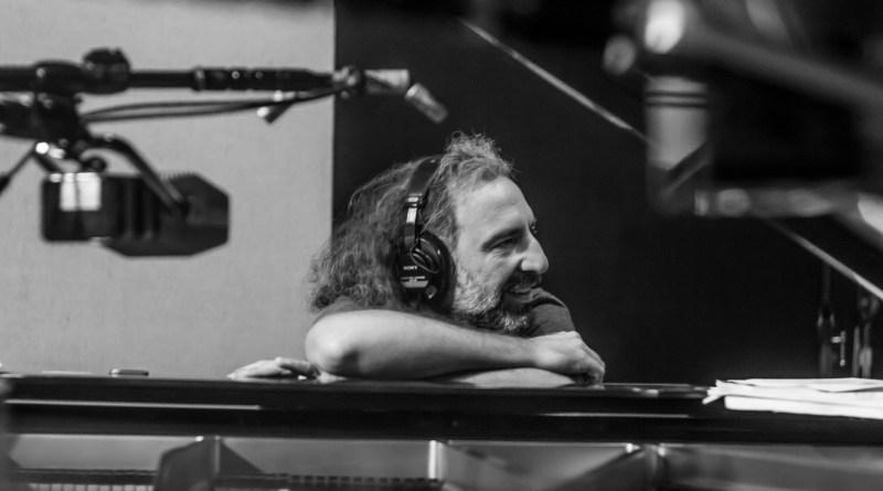OspianistasSalomão SoareseStefano Bollani encerram a última noite do Sesc Jazz a partir das 19h no ginásio do Sesc Jundiaí.