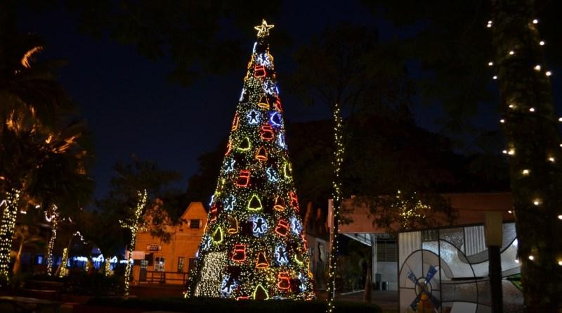 Noeland amplia atrações de Natal no Parque da Expoflora, em Holambra