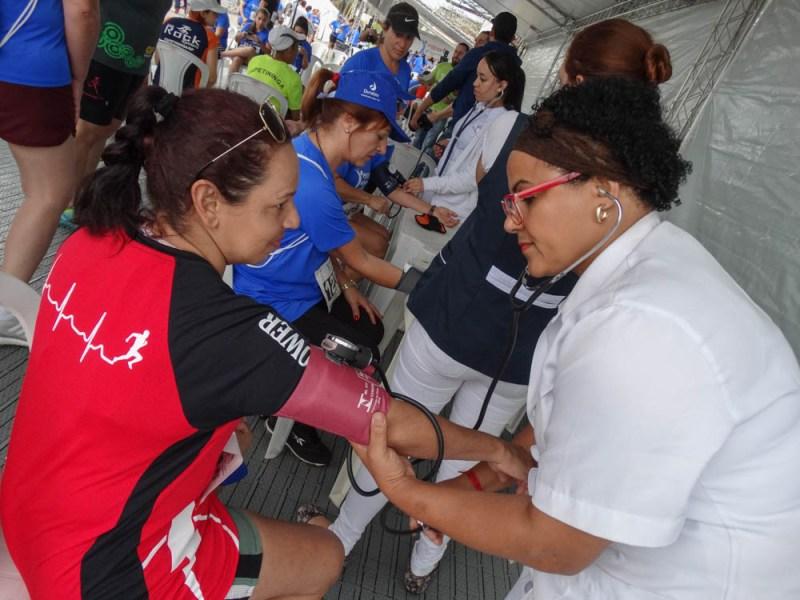 Tendas para a realização de exames de aferição de pressão, avaliação física, nutricional e sessões de quick massage também farão parte do evento