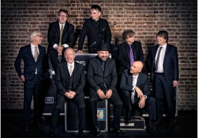 King Crimson celebra 50 anos de carreira em show no Espaço das Américas