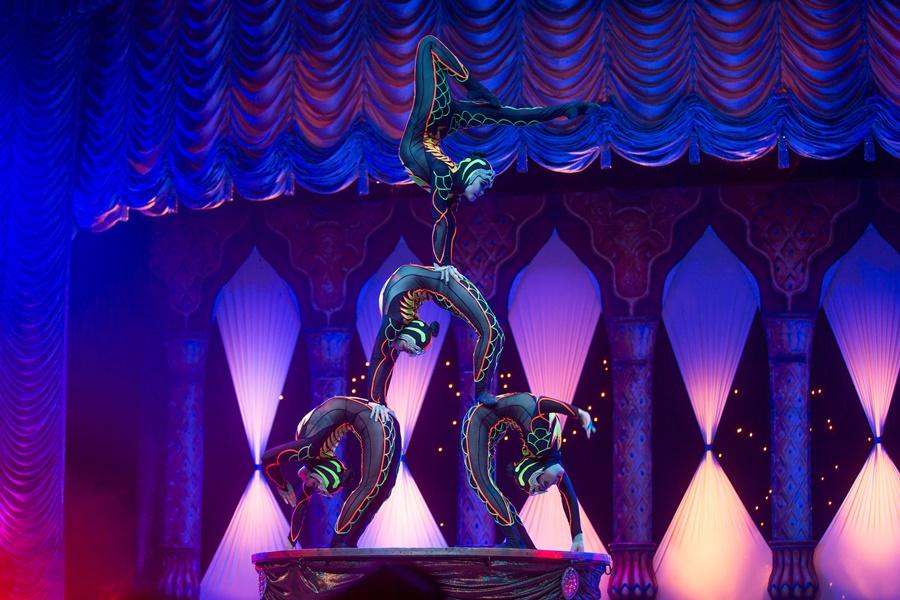 Tihany Spectacular reinventa a magia do circo no show AbraKdabra