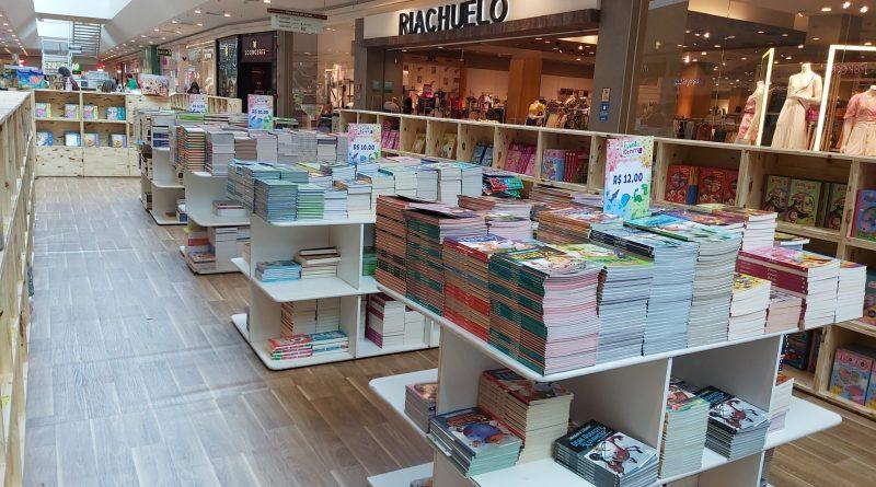Organizada pela Amigos do Livro, a feira tem como missão incentivar a leitura desde a primeira infância