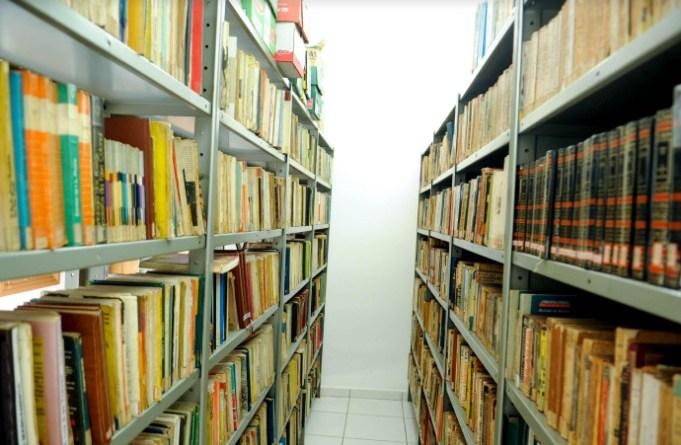 """Projeto """"Gabinete de leitura, muitas histórias"""" apresenta palestra sobre bibliotecas em formato online"""