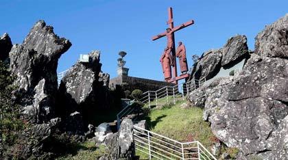 (Foto de vista parcial do Santuário, na Serra da Piedade, em Caeté (MG)