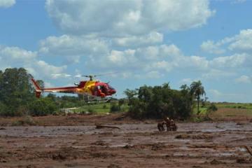 Foto de Operação dos Bombeiros em Brumadinho