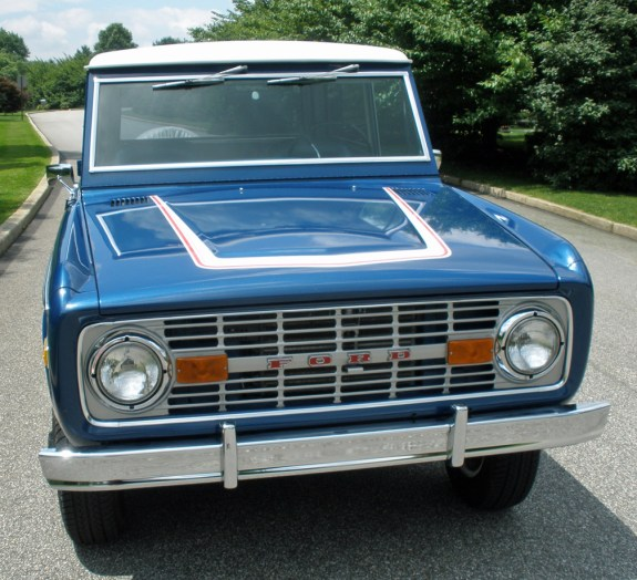 1976_Ford_Bronco_Ranger_24
