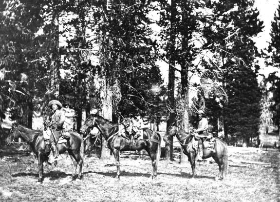 Yellowstone_1890_4