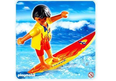 4637-a-playmobil-surfeur-acontregenre