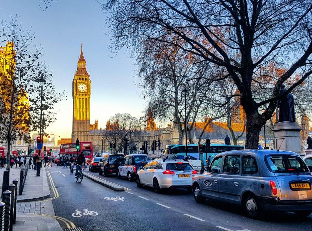 Hotéis em Londres - Big Bang