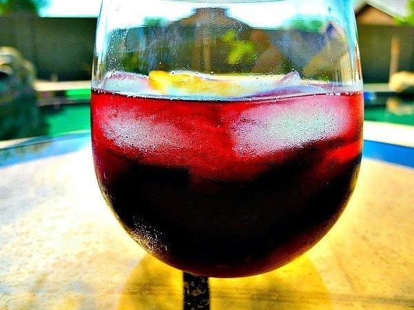 Lolailo Sangria Spritzer Cocktail 2