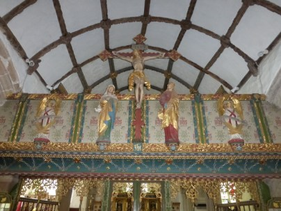 The rood with all its gilding