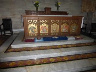 Kea: the (hidden) high altar