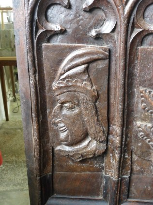 Golant: a former bench-end