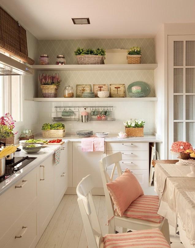 Elegant pretty and organized!